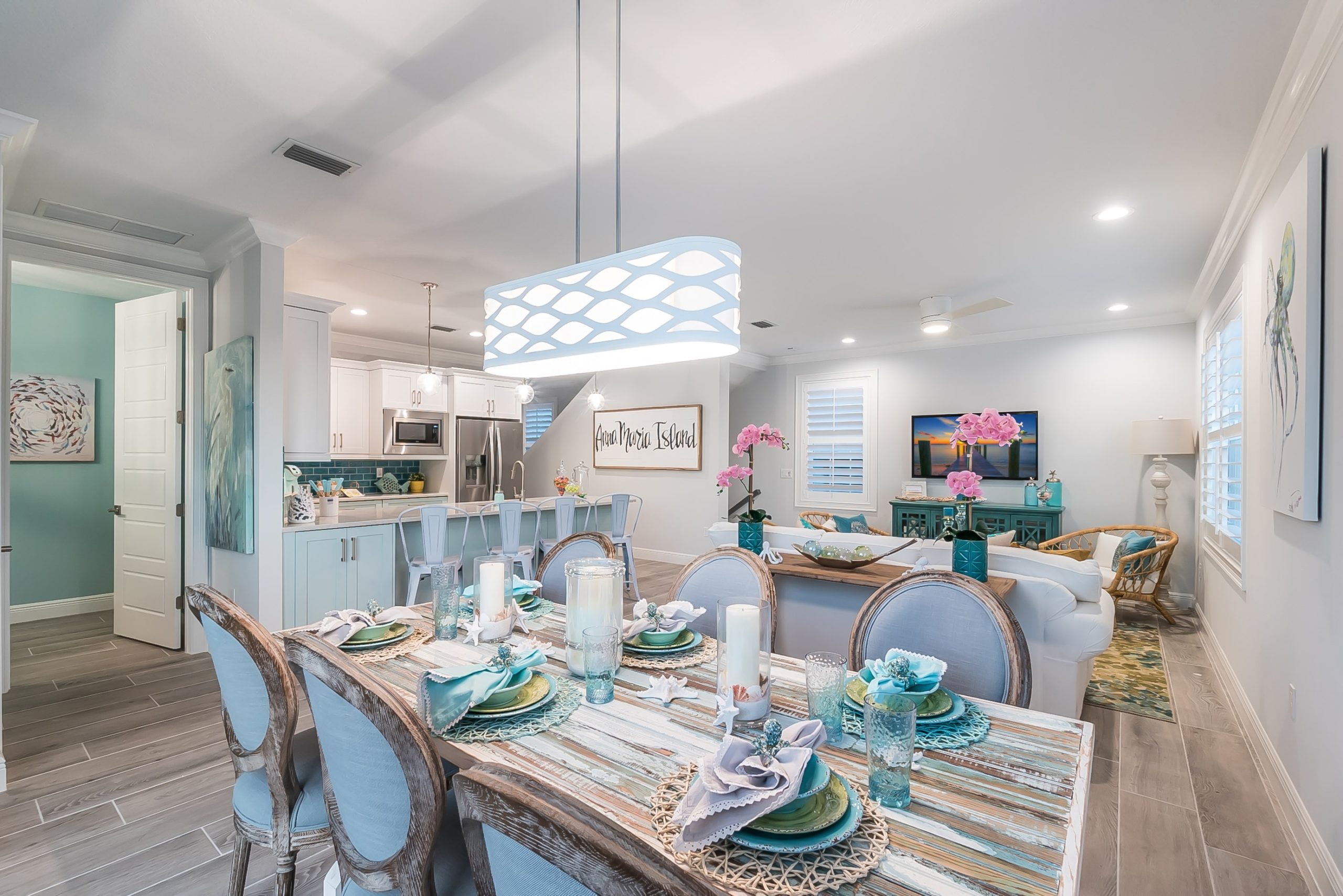 1PALM DR LIVING DINING