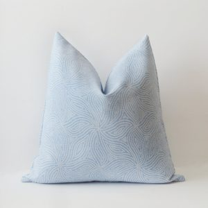 BLUE PINWHEEL OUTDOOR PILLOW